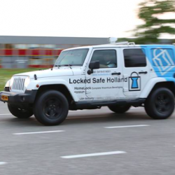 lockedsafe_jeep